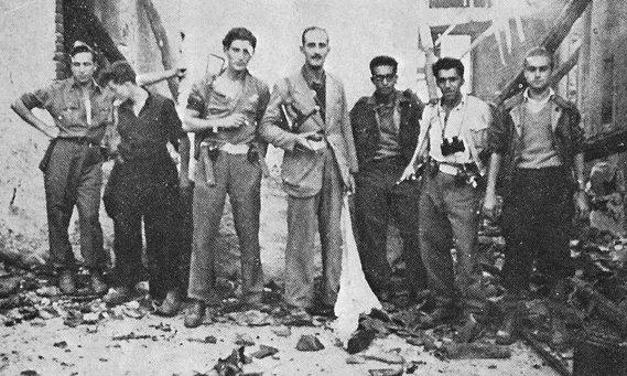 Giorgio Marincola, terzo da destra.