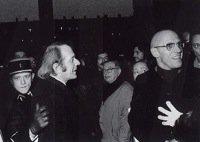 Deleuze e Foucault (al centro, sullo sfondo, Sartre)