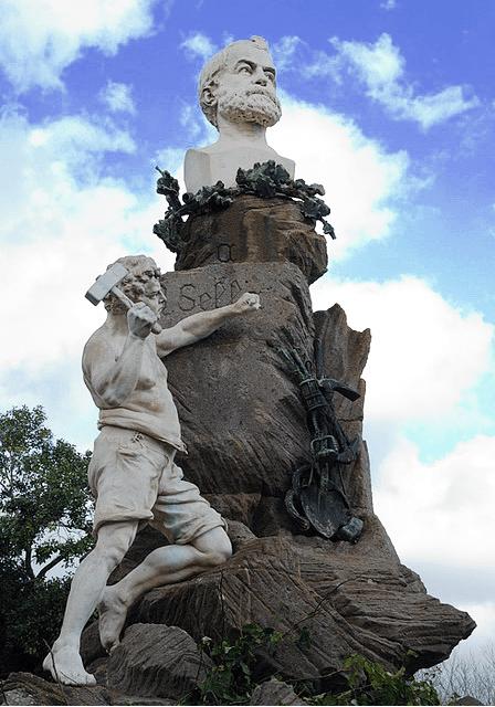 Monumento a Quintino Sella in Piazza Sella, Iglesias