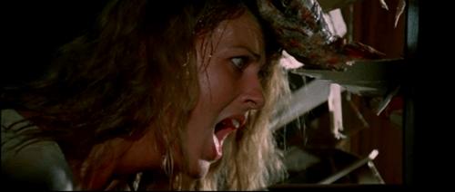 Scena 6 - Zombi 2 Revisited