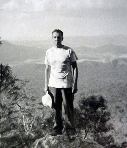 Felice Benuzzi in cima al Mount Barney, 1954