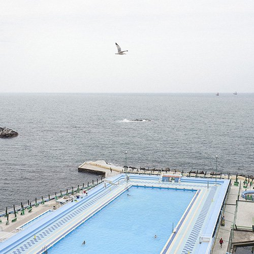 Livorno, giugno 2009. La piscina dei bagni Pancaldi Acquaviva.