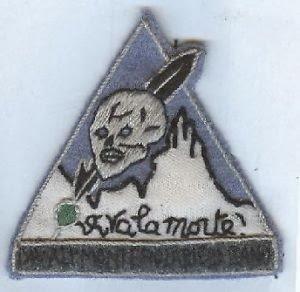 VIVA LA MORTE. Fregio della divisione Monterosa, gli Alpini di Salò al servizio di Hitler.