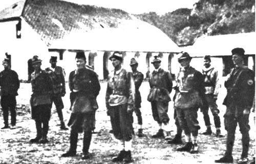 Partigiani della divisione italiana Garibaldi, II° Korpus dell'Esercito Popolare di Liberazione della Jugoslavia.