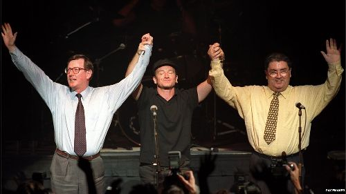 Bono, Trimble e Hume