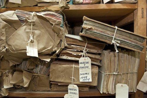 Faldoni ed etichette all'archivio di Oaxaca