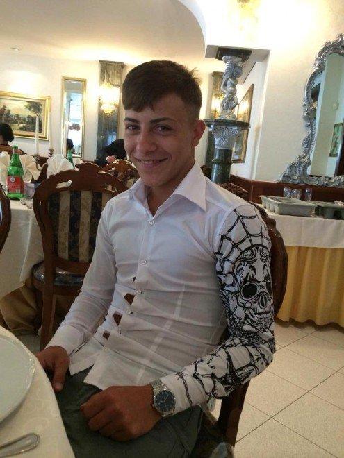 Davide, 17 anni, ammazzato da un carabiniere.