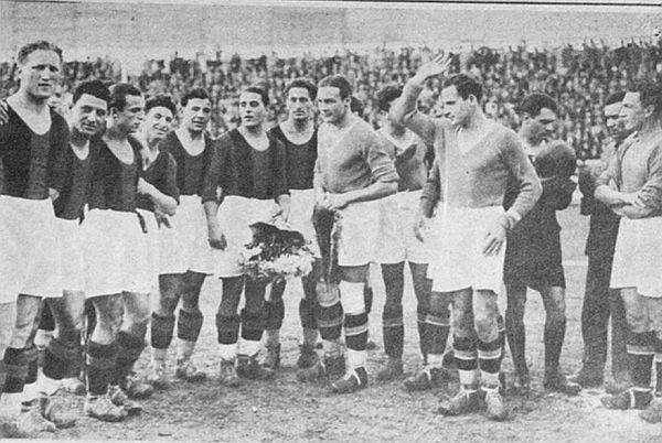 Derby Lazio - Roma, campionato 1929 - 1930, subito prima della partita.