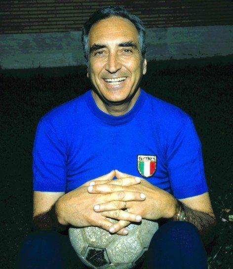Il cronista sportivo Nando Martellini, vero autore della frase sul chilometro più bello d'Italia.