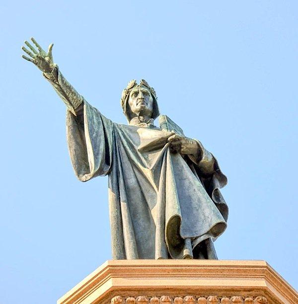 Trento. Monumento a Dante